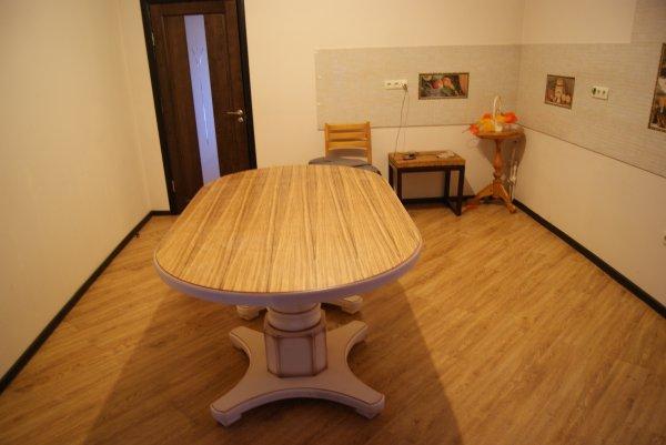 """Большой кухонный стол """"Слон"""""""