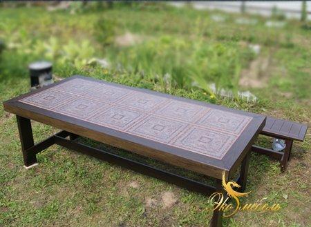 Шикарный большой стол из массива