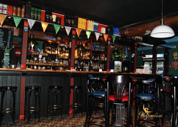 Барная стойка в паб Хератс Harat's Irish Pub