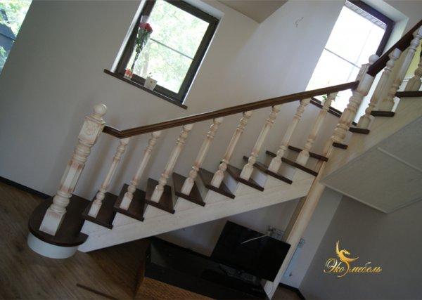 Лестница с забежной ступенью